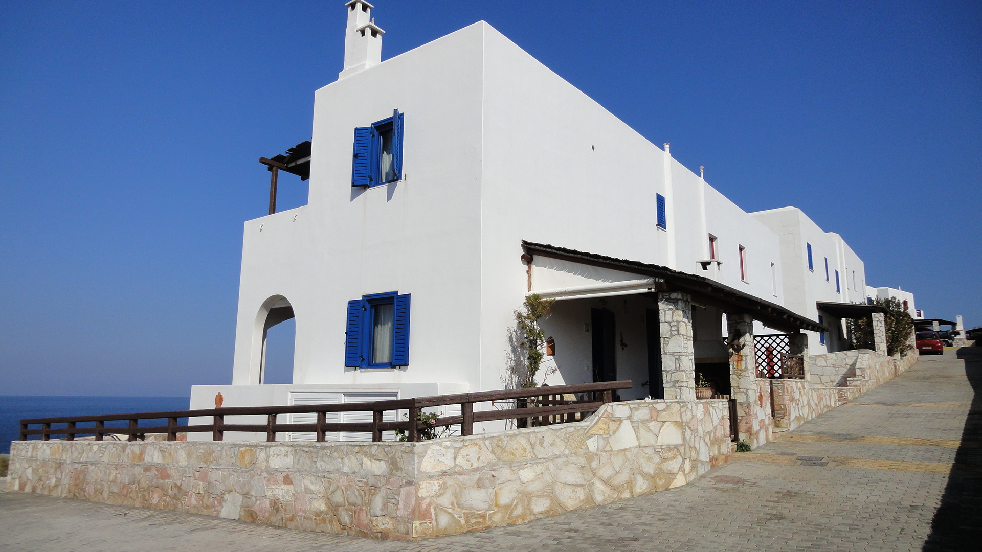 Maisonette in front of the sea